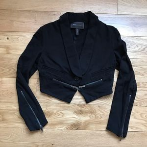 BCBG Maxazria cropped blazer jacket long sleeves